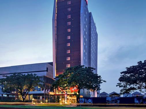 宜必思加丁塞爾彭酒店 - 唐格朗 - 當格浪 - 建築