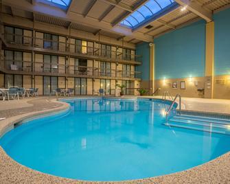 Holiday Inn Harrisburg (Hershey Area) I-81 - Grantville - Pool