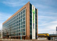 Holiday Inn Express Amsterdam - Sloterdijk Station - Amsterdam - Building