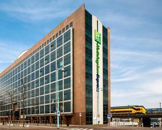 Holiday Inn Express Amsterdam - Sloterdijk Station - Amsterdam - Building