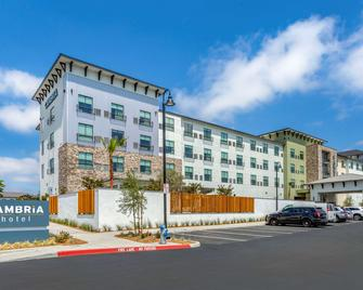 Cambria Hotel Sonoma Wine Country - Rohnert Park - Building