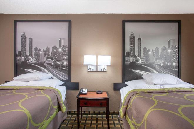 Super 8 by Wyndham Waycross GA - Waycross - Bedroom