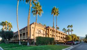 Best Western Plus Palm Desert Resort - Palm Desert - Building
