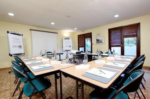 Campanile Charleville-Mezieres - Charleville-Mézières - Meeting room