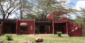 Amboseli Serena Safari Lodge - Amboseli