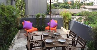 Le Lek Boutique Guest House - Bangkok - Balcón