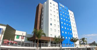 One Guadalajara Periferico Norte - Guadalajara - Edificio