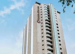 Grand Mercure Sao Paulo Ibirapuera - Sao Paulo - Building