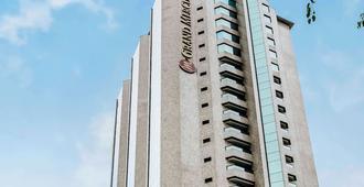 Grand Mercure Sao Paulo Ibirapuera - São Paulo - Edificio