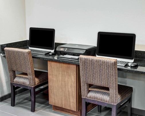 Comfort Inn & Suites - Caldwell - Business Center