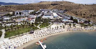 Jasmin Beach Hotel - Bodrum - Beach