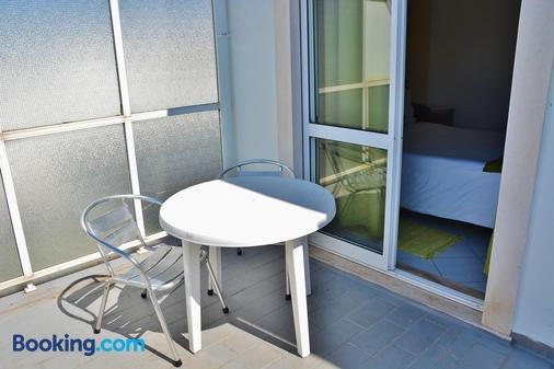 Residencial A Doca - Фару - Балкон