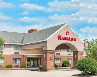 Ramada by Wyndham Vandalia - Vandalia - Gebäude