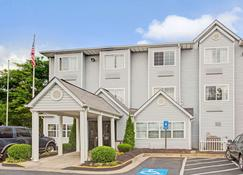 Microtel Inn & Suites by Wyndham Atlanta Airport - College Park - Edifício