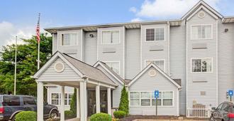 Microtel Inn by Wyndham Atlanta Airport - College Park - Edificio