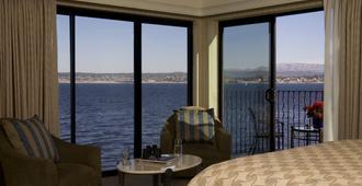 Monterey Bay Inn - מונטריי - חדר שינה