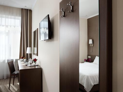 Aleksandrovskiy Hotel - Odesa - Quarto