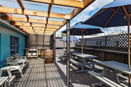 Ocean Beach Hotel - Dunedin - Hàng hiên
