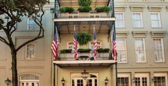 Bienville House - New Orleans - Building
