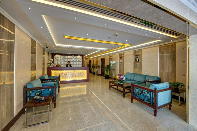 Nihal Residency Hotel Apartments - Dubai - Front desk