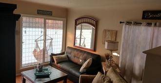 Best Place to stay in Belmont Shore - Entire Unit - Long Beach - Sala
