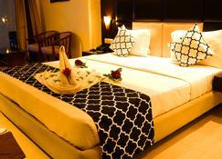 Hotel Golden Palace - Puri