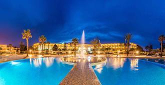 Le Royal Hammamet - חמאמט - בריכה