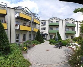 Hotel Sonngarten - Waldmünchen - Gebäude