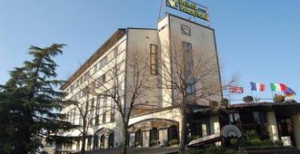 Balletti Palace Hotel - Viterbo - Κτίριο