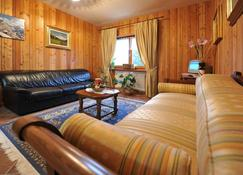 Le Chalet - Ayas - Living room