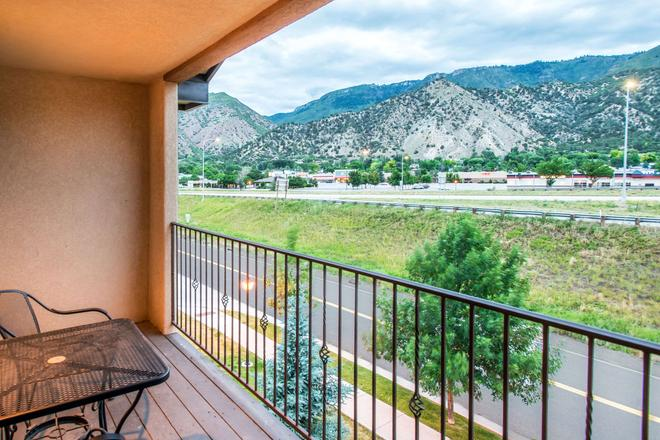 Glenwood Suites Ascend Hotel Collection - Glenwood Springs - Parveke