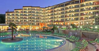 Smartline Hotel Madara - Golden Sands - Uima-allas