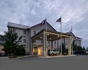 Comfort Inn & Suites - Riverton - Gebouw