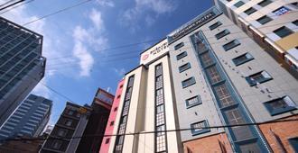 25 小時飯店 2 - 釜山 - 建築