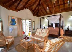 Pimento Lodge Resort - Лонг-Бей - Спальня
