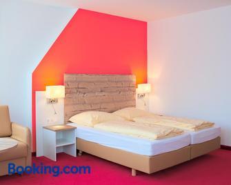 Sternplatz-Hotel - Ehingen - Bedroom