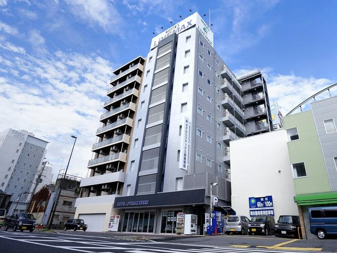 Hotel Livemax Himeji-ekimae - Himeji - Edificio