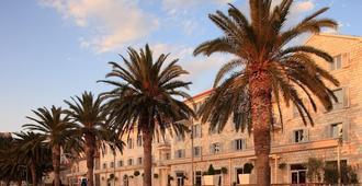 Riva Hvar Yacht Harbour Hotel - Hvar - Außenansicht