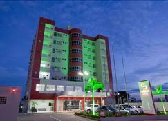 Serras Hotel - Cuiabá - Building