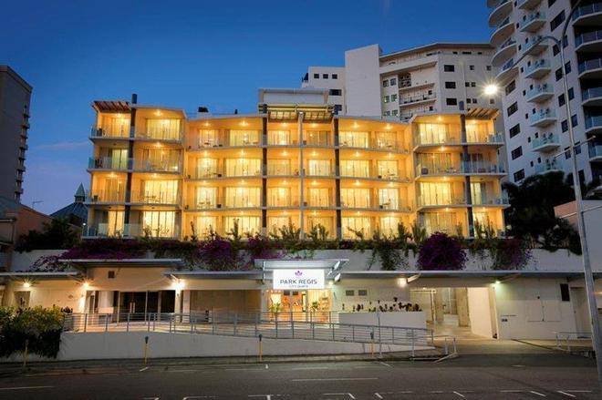 奎伊斯市雷吉斯公園酒店 - 開恩茲 - 凱恩斯 - 建築