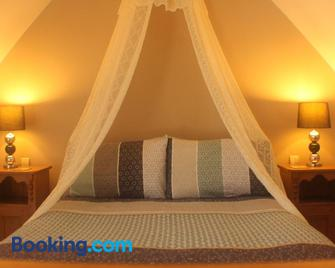 Romantic Cottage - Vire - Bedroom