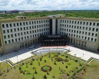 Vegas Hotel - Nay Pyi Taw - Naypyitaw - Edificio