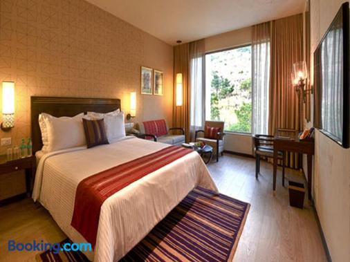 馬拉薩薩羅瓦爾高級酒店 - 蒂魯伯蒂 - 蒂魯伯蒂 - 臥室