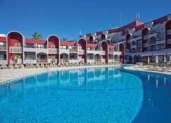 大浦海灘酒店 - 阿爾布費拉 - 阿爾布費拉 - 游泳池