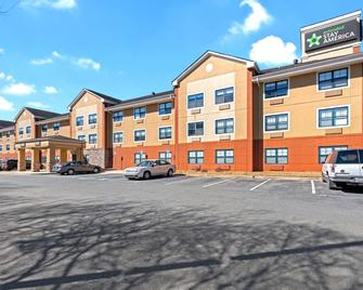 Extended Stay America - Charlotte - Pineville - Park Rd. - Charlotte - Building