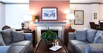 Cow Hollow Inn and Suites - San Francisco - Living room
