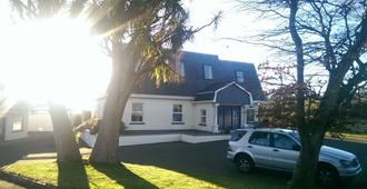 Dunbur Lodge - Wicklow - Building
