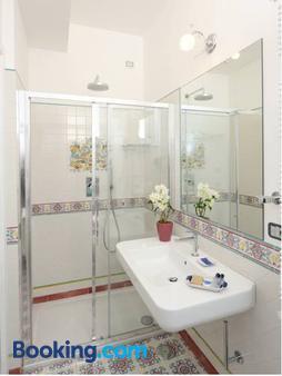 Residenza Luce - Amalfi - Bathroom