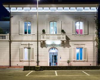 Rosso di Sera Relais Tuscany - Pisa - Bygning