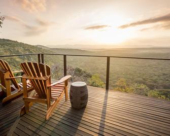 Leopard Mountain Safari Lodge - Hluhluwe - Balcony